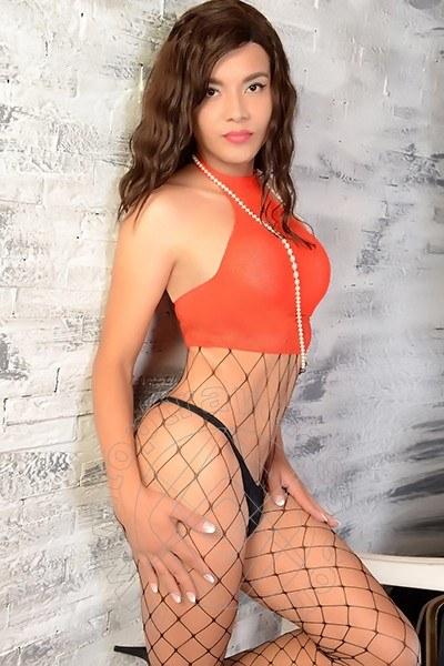 Camila Spagnola  PARIGI 0033758180947