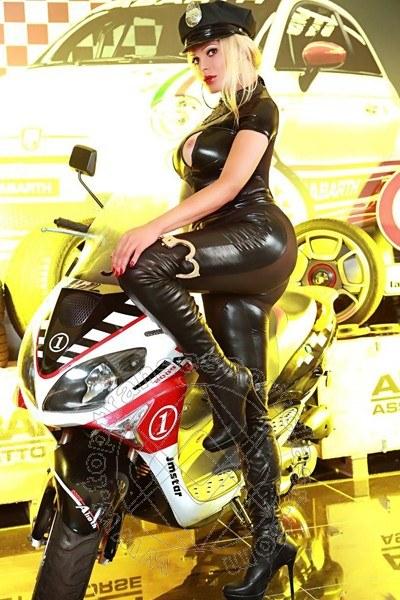 Channel Fashion  SAN BARTOLOMEO AL MARE 3533726200