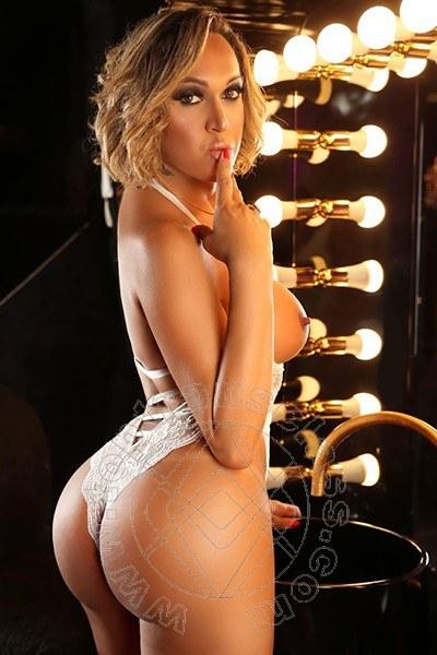 Giselle Hot  FERRARA 3898830940